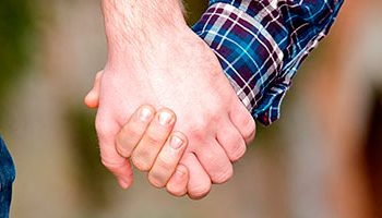 Casais homoafetivos e a adoção