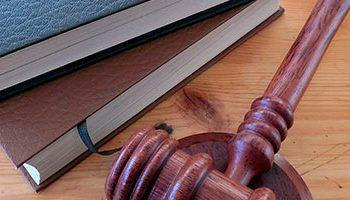 O Supremo Tribunal Federal está certo ao mudar a Constituição e o Código Penal?