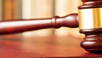 Retenção de passaporte e cartões de crédito para devedor é legal?