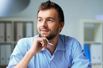 Seja seu chefe: dicas para tornar a correspondência jurídica seu próprio negócio