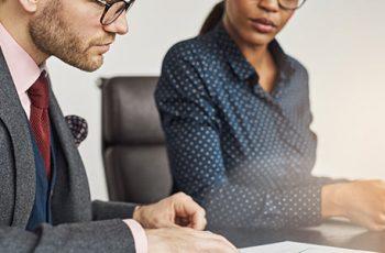 Quais serviços de correspondência jurídica só podem ser feitos por profissionais com OAB?