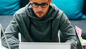Guia definitivo de como identificar os talentos e mantê-los em seu escritório