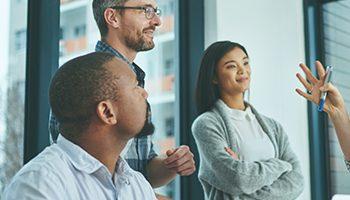 Como ter uma gestão eficaz de recursos humanos no meu escritório?